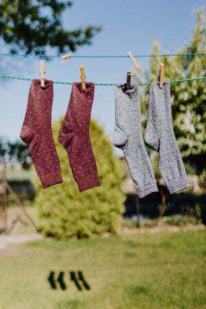 Socken an der Wäscheleine